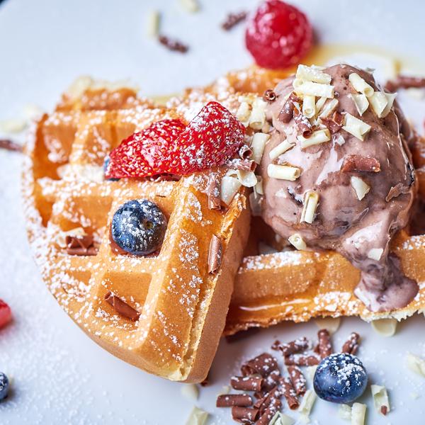 fredos Fredo's LDN | Grill Restaurant & Dessert Lounge – East London desserts 1